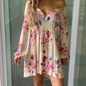 BILLABONG long sleeve floral dress